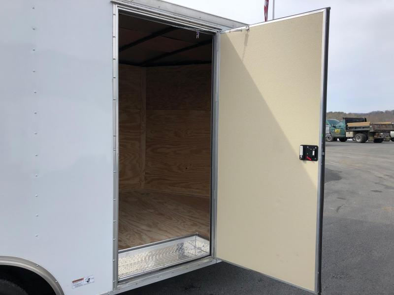 DIAMOND CARGO 2018 8.5' x 16' WHITE TANDEM AXLE V-NOSE CARGO TRAILER