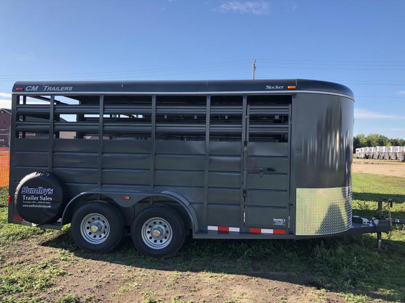 2018 CM 16ft  Livestock Trailer