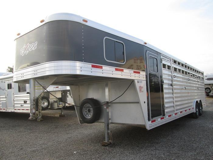 2016 Exiss Trailers 28 FT - 7 TALL Livestock Trailer