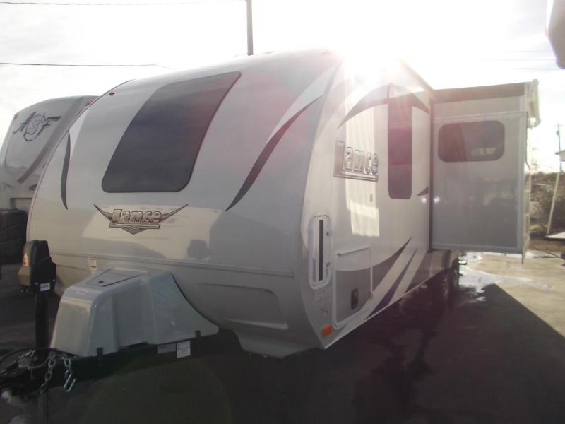 2017 Lance 2295 Travel Trailer