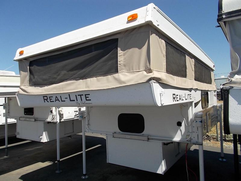 2012 Palomino Real Lite 1605/Long or Short Bed Truck Bed Camper