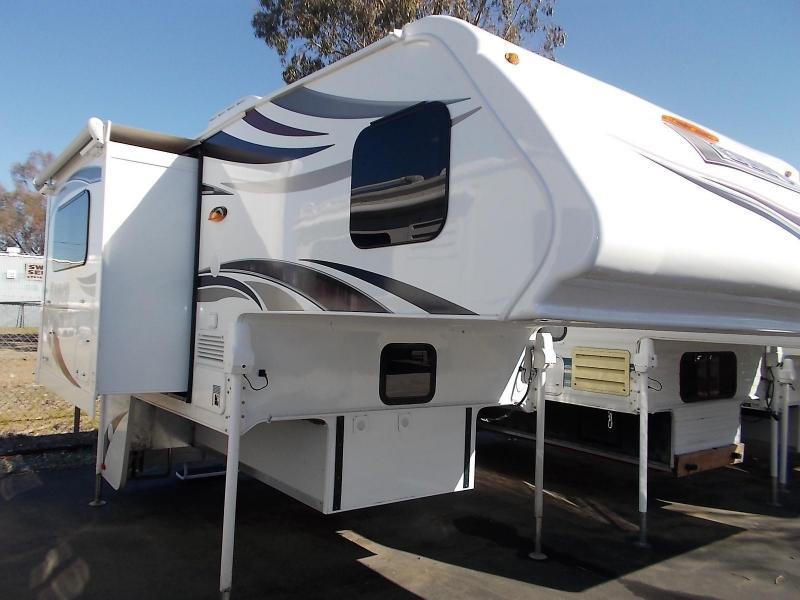 2017 Lance 855s Truck Camper/Shortbed (2500 or Larger)