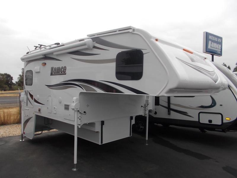 2018 Lance 975/Longbed Truck Camper