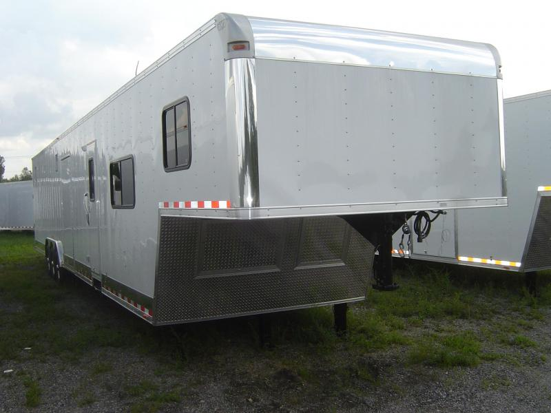 2018 48' Vintage Outlaw Trailer with 12' LQ