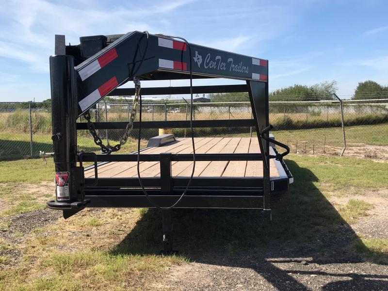2018 Centex Trailers 26x82 Gooseneck Carhauler Car / Racing Trailer