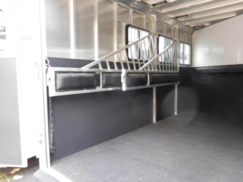2016 Frontier Strider 3H Warmblood Horse Trailer