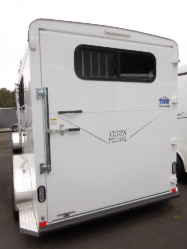2016 Deluxe Fabform Vision 2 Horse Trailer