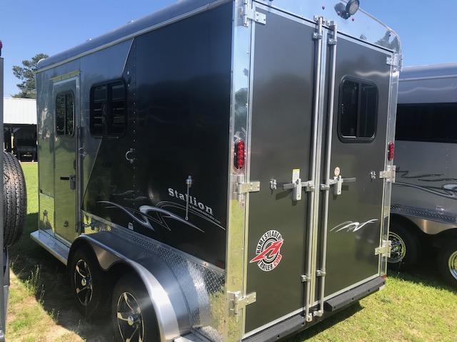 2019 Homesteader 2 Horse Stallion Slant Load Trailer