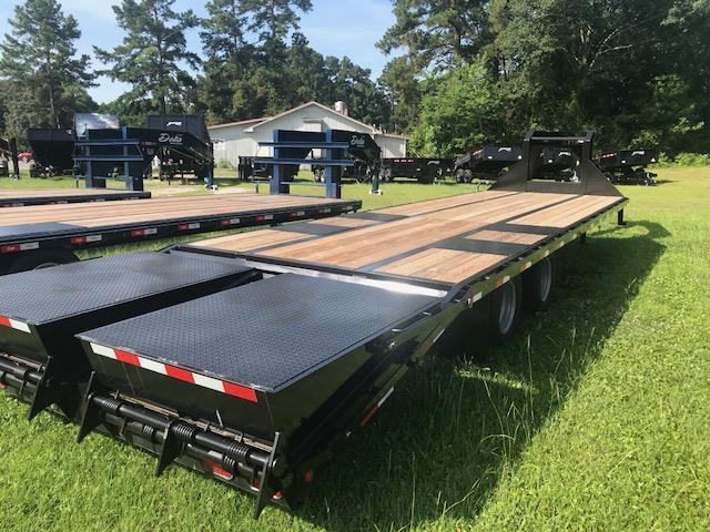 2018 Towable GN 30ft Equipment Trailer