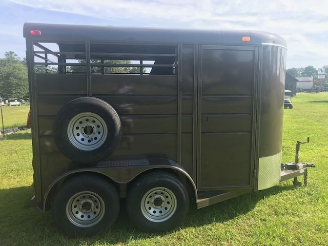 2018 Calico Trailers 2H Horse Trailer