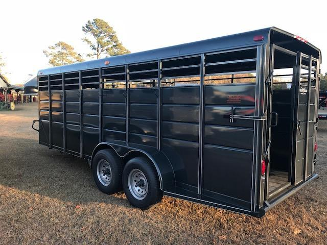 2017 Calico 20ft Stock Trailer
