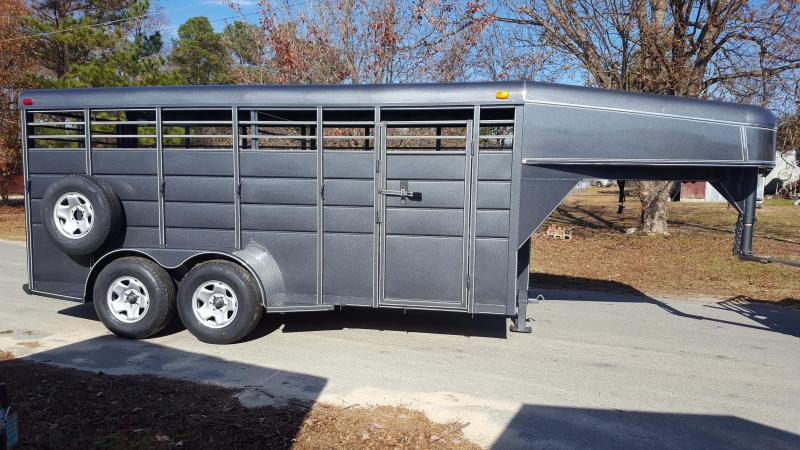 2017 Calico 16ft GN Livestock Trailer