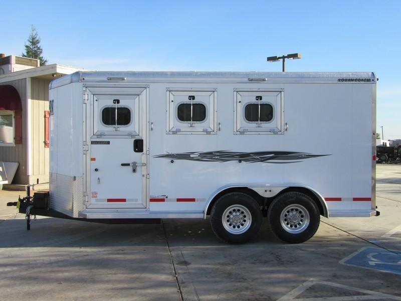 New 2018 Logan Coach Rampage 3H BP Horse Trailer Vin 06017
