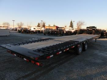 New 2017 Big Tex 25GN-35HDTS 8.5'x35' Hydraulic Dovetail Vin55636