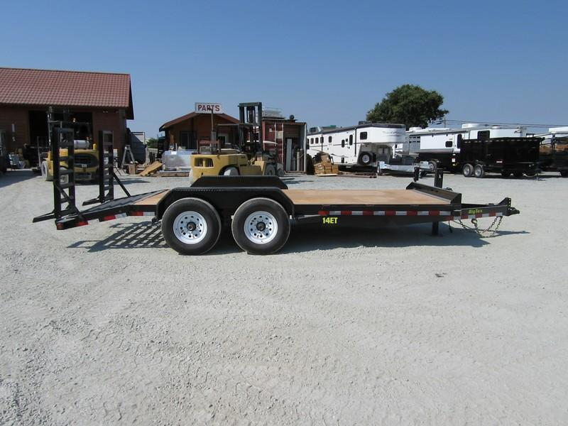 "New 2017 Big Tex 14ET-18KR Equipment Trailer 83""x18' VIN72268"