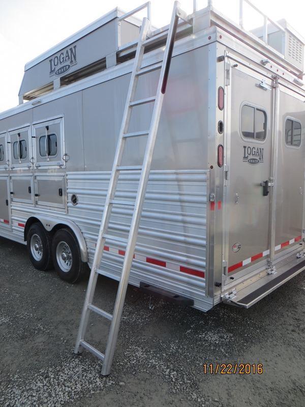 New 2017 Logan Coach Razor 4H w/12' LQ & Slide Out Horse Trailer Vin 04895