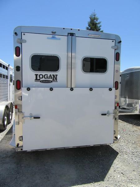 """2017 Logan Coach XTR 2H 7'6"""" tall Horse Trailer Vin 05627"""