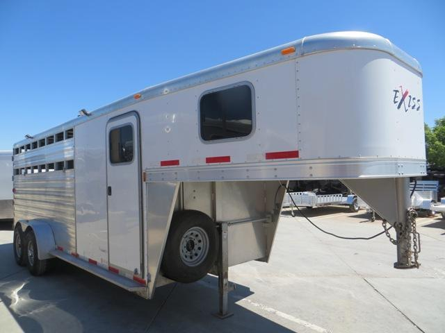 2012 Exiss 4H Express CXT Edition GN Horse Trailer Vin: 55337