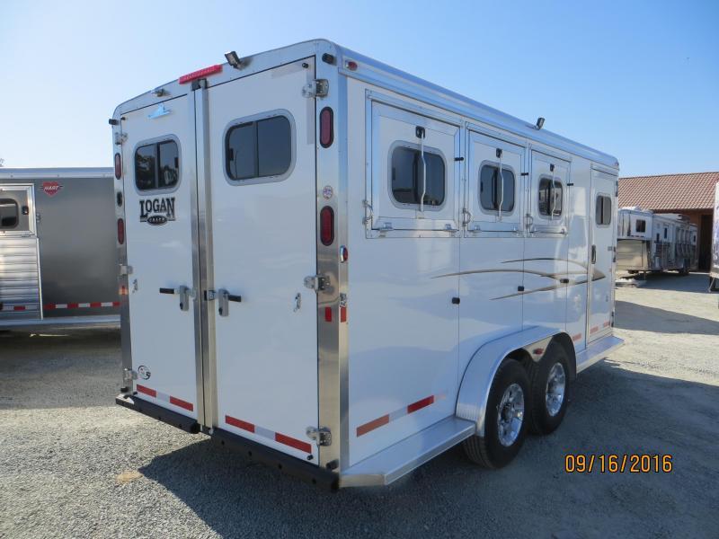 2016 Logan Coach 3H Edge HD BP Horse Trailer Vin:04701