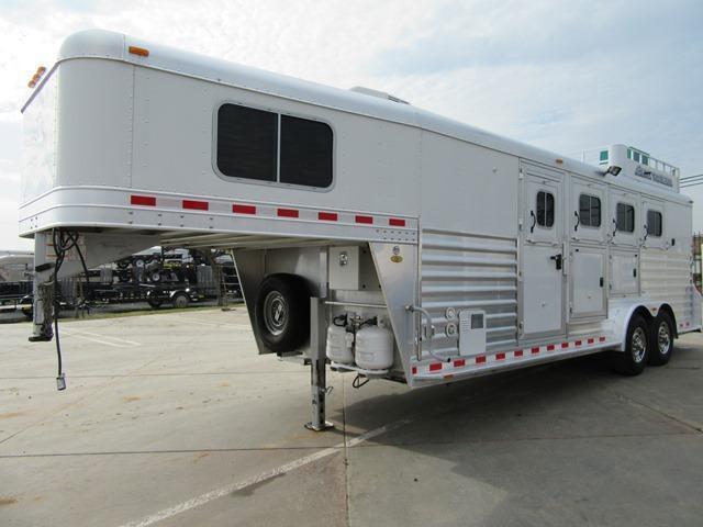 Preowned 2012 Elite 4H LQ Horse Trailer VIN 013301