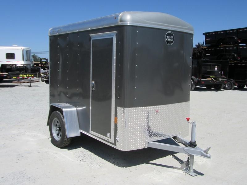 New 2017 Wells Cargo RF5x81 5x8 Enclosed Cargo Trailer Vin44941