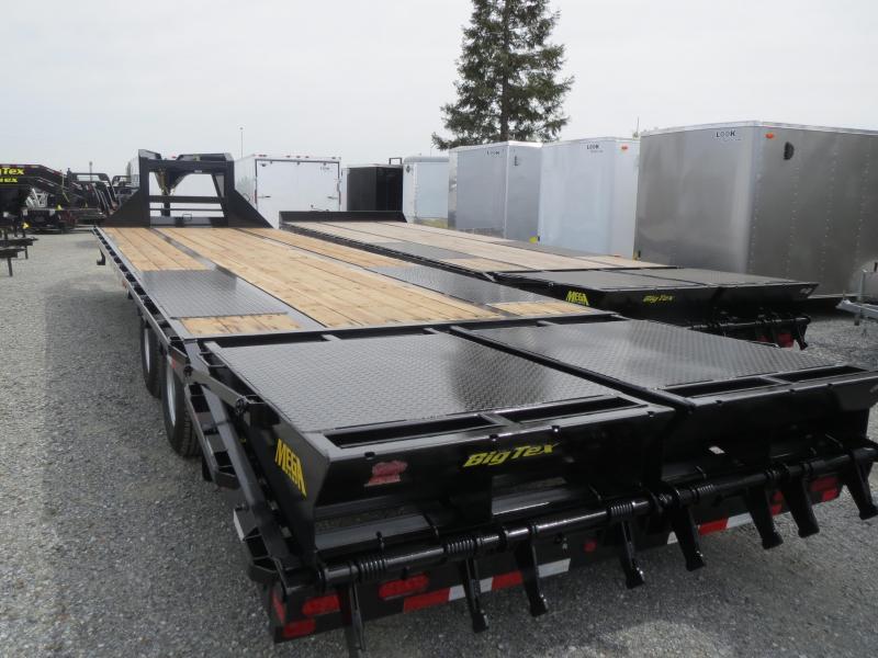 New 2018 Big Tex 25GN-25+5MR Equipment Trailer 8.5'x30' VIN17153