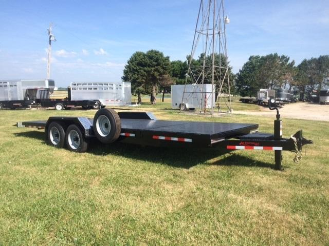 2017 Imperial 22' Slitfloor Wideboy Equipment Trailer
