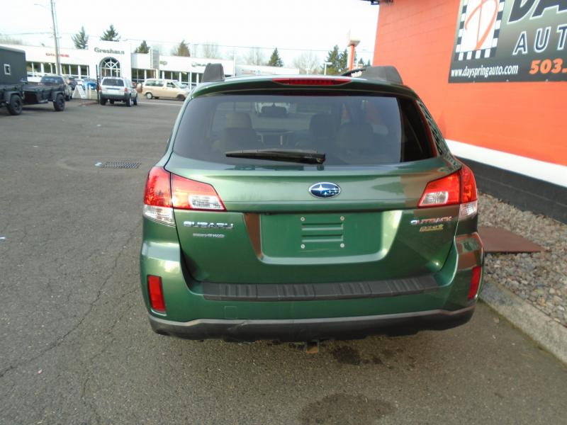 2010 Subaru OUTBACK Car