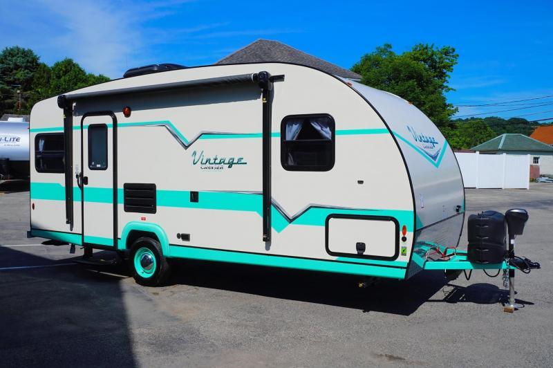 Cool 2017 Coachmen Clipper Camping Trailers 106 Sport For Sale North