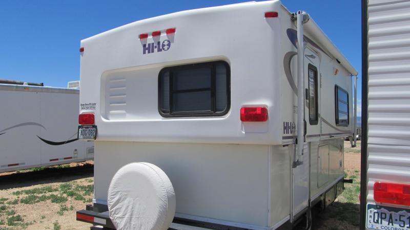 2005 Hi-Lo Trailer M170 Popup Camper