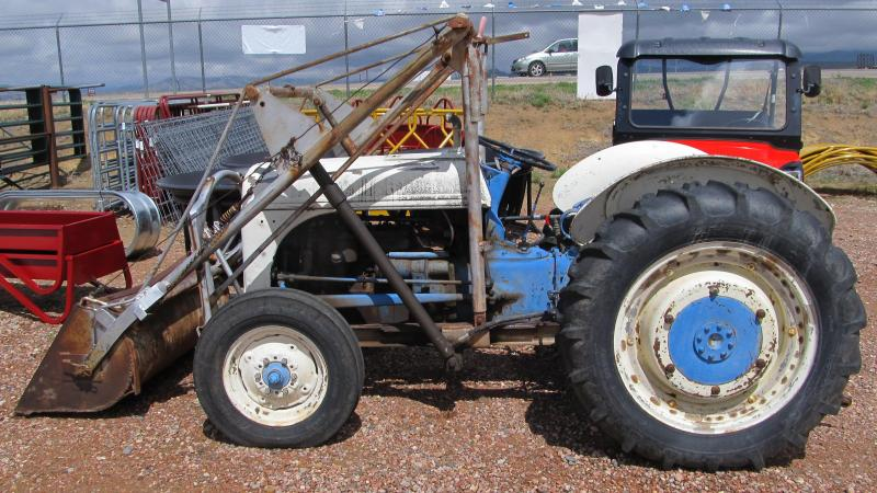 1950 Ford Tractor Tractor Vermilion : Tractors true value trailers new and used cargo