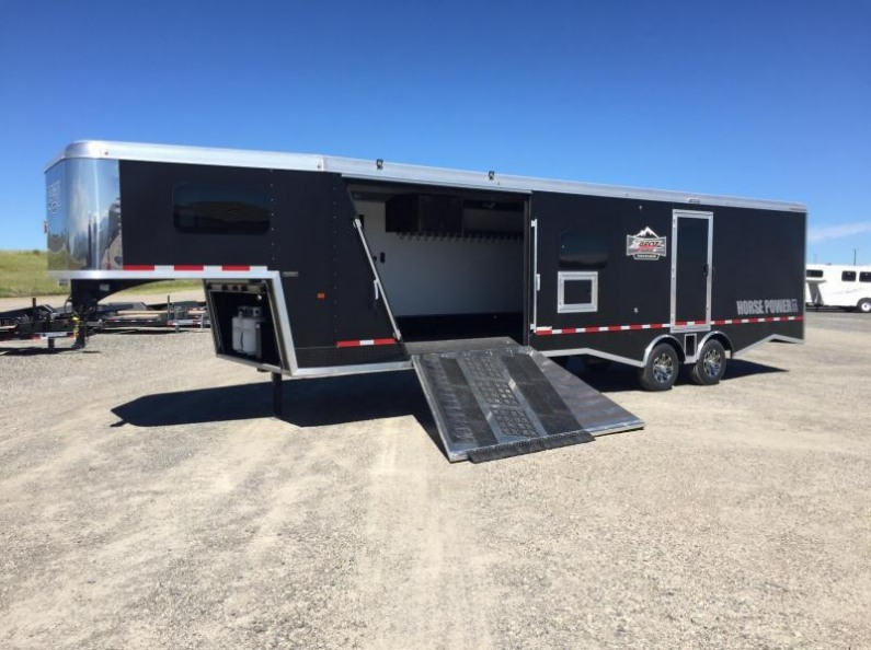 2017 Logan Coach Horse Power ZBROS Edition Snowmobile Trailer