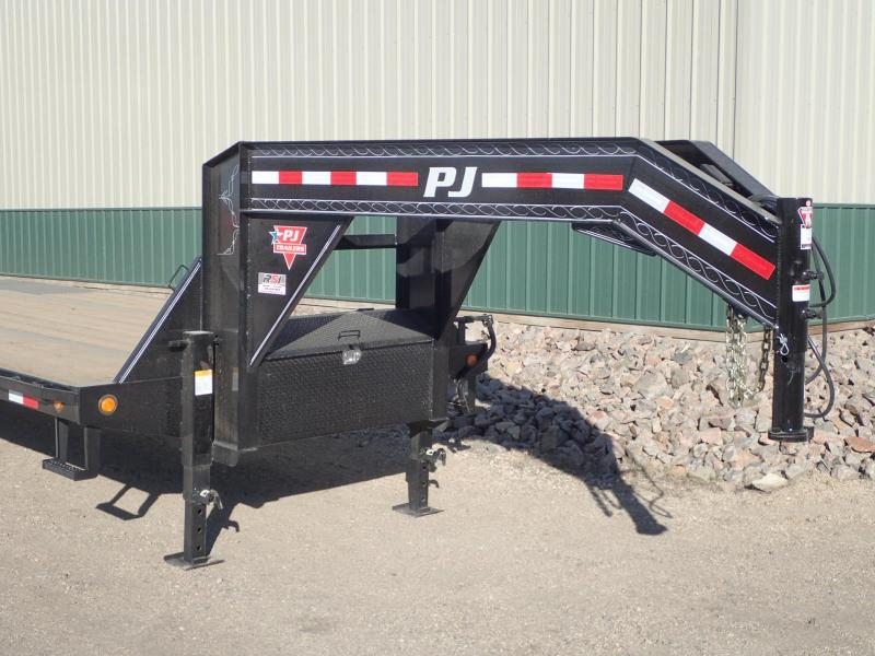 2019 PJ 28' Low-Pro Flatdeck with Duals