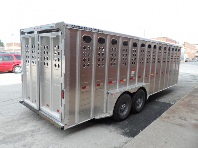 2018 Merritt Equipment Cattle Trailer 24x7 Gooseneck Livestock Trailer