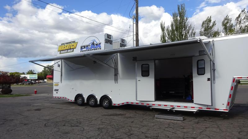 2017 Haulmark 44 Gooseneck Edge Pro Car / Racing Trailer