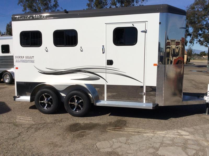 2017 Trails West Sierra Select   2 Horse Trailer