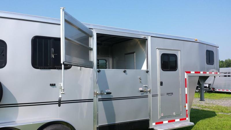 2015 Closeout! Save $2136- Frontier Fast Track 2 plus 1 GN Horse Trailer