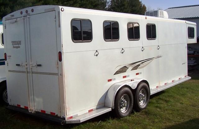 2003 Titan Trailers Renegade Horse Trailer