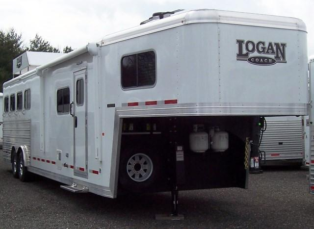 2017 Logan Coach 812 Limited Horse Trailer