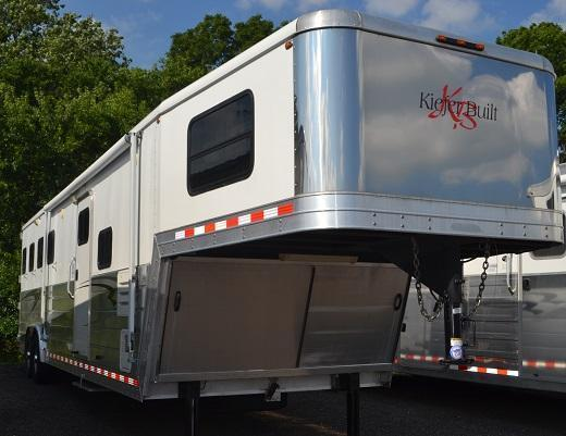 2008 Kiefer Built Genesis XE8410 Horse Trailer