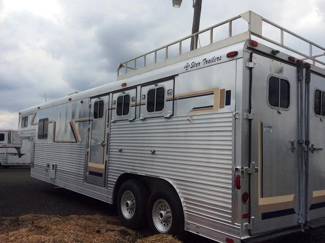 1991 4-Star Trailers 12 LQ w/Midtack Horse Trailer
