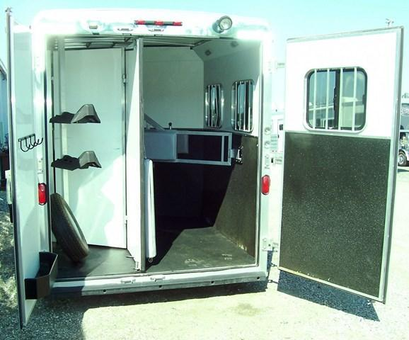 2013 Bison Trailers Stratus with Bunkbed weekender BP Horse Trailer
