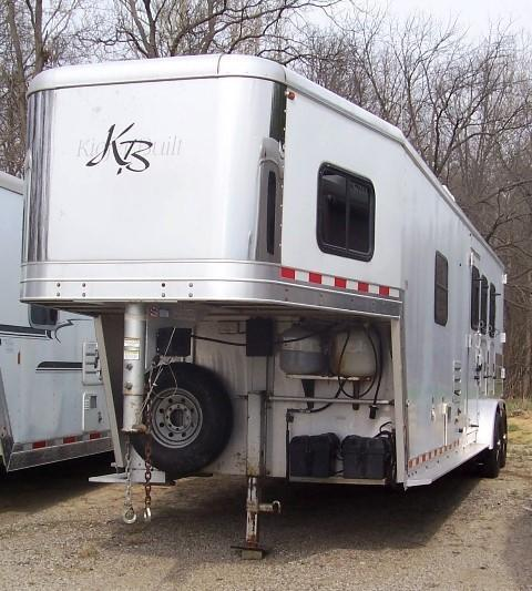 2005 Kiefer Manufacturing X380 Horse Trailer