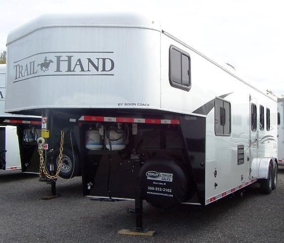 2018 Bison Trailers 7310 Trail Hand Horse Trailer