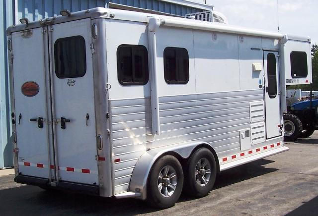 2015 Sundowner Trailers 6906RS Horse Trailer