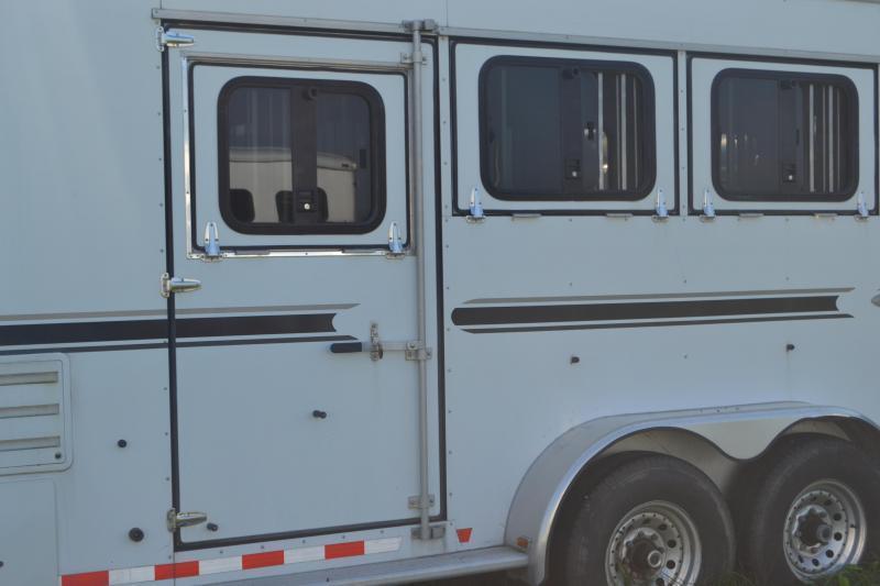 2006 Sundowner Trailers SunLite 727 Horse Trailer
