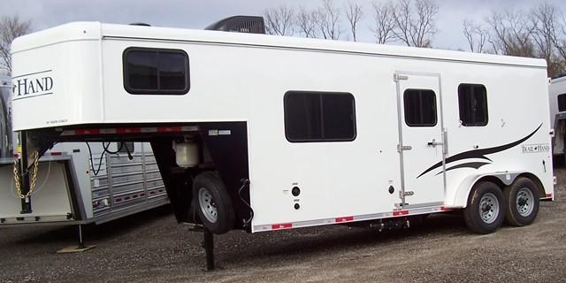 2017 Bison Trailers 7206 Trail Hand Full Sofa Horse Trailer