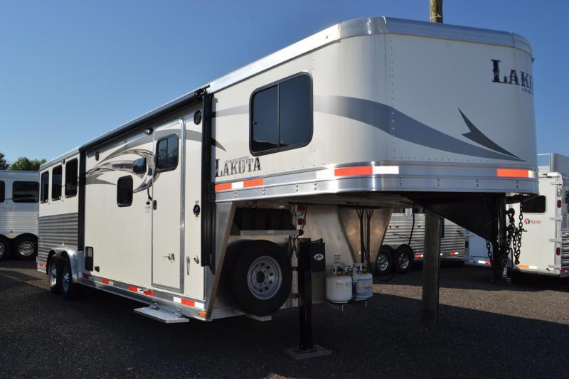 2017 Lakota Corp Charger Horse Trailer