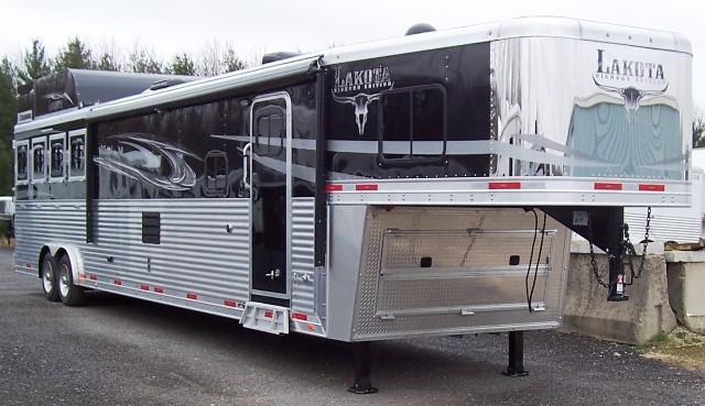 2017 Lakota Trailers Big Horn 8417 Horse Trailer
