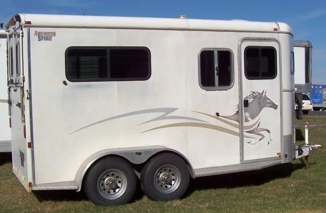 2004 American Spirit Straight Load w/Ramp Dressing Room Horse Trailer